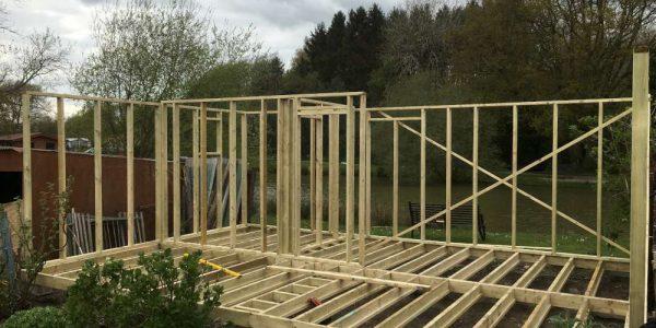 Budget Log Cabins (1)