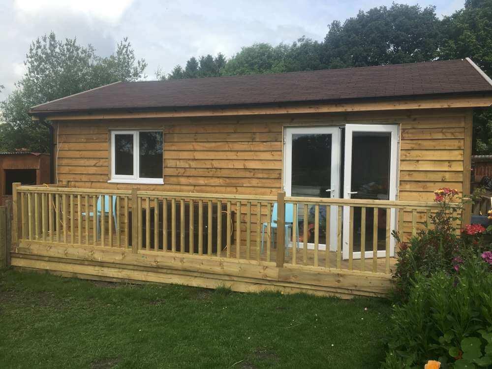 Budget Log Cabins (6)