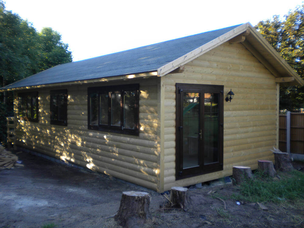 Wooden mobile homes 7 timberlogbuild ltd for Wooden homes to build
