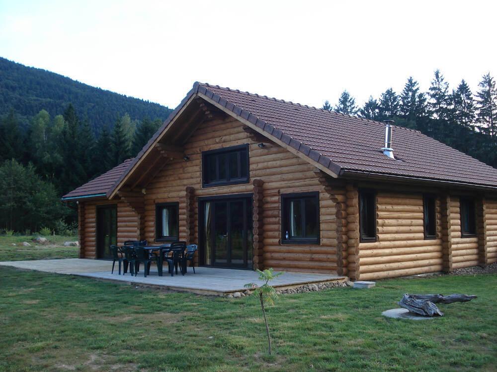 Stunning Bespoke Log Cabins By Timberlogbuild Ltd