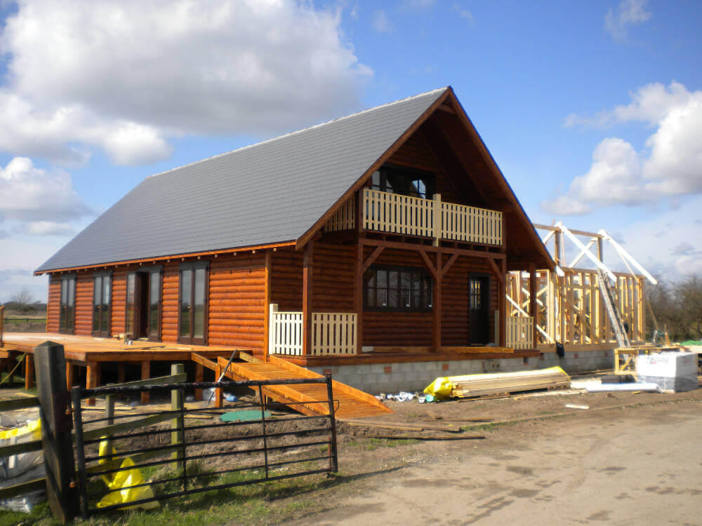 Log Building Course Uk