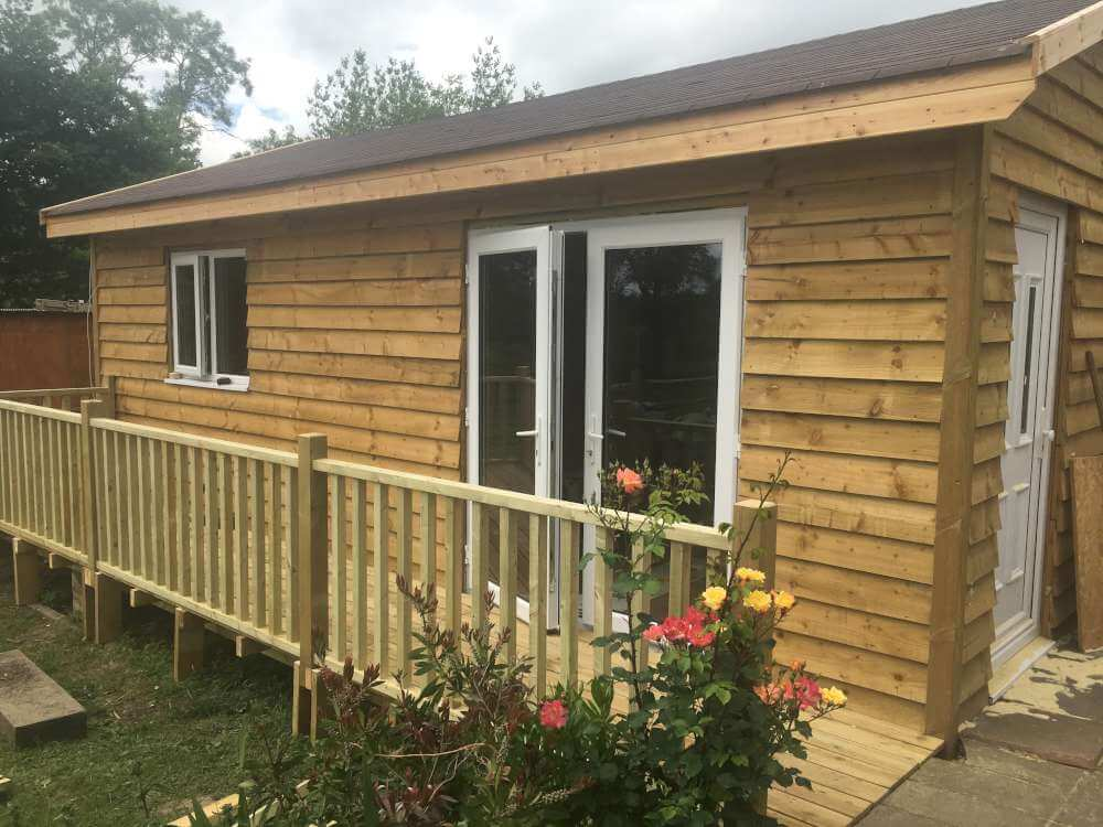 Budget Log Cabins (8)