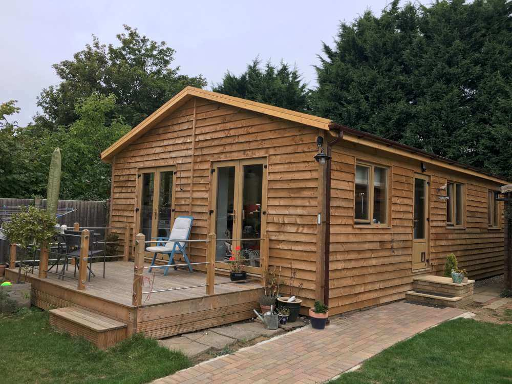 Budget log cabins in kent by timberlogbuild ltd for How to build a cabin on a budget