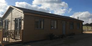 Log-Cabins-in-Kent-1-1-600x300