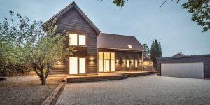 Timber-House-Paddock-House-1-600x300