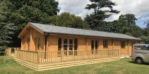 Timber-frame-Contractors-in-Kent-Timberlogbuild-12-600x300