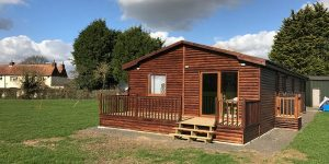 Wooden-Mobile-Home-8-600x300