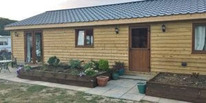 Wooden-Mobile-Homes-15-600x300