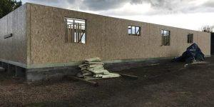 timber-log-cabin-installation-process-10-600x300
