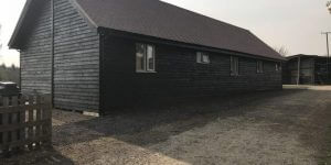 timeber-log-cabin-fully-constructed-2-600x300