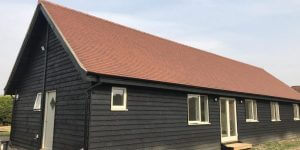 timeber-log-cabin-fully-constructed-4-600x300