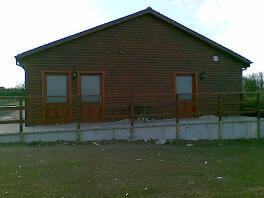 wooden-club-houses02