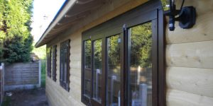 wooden-garden-offices-kent23-600x300