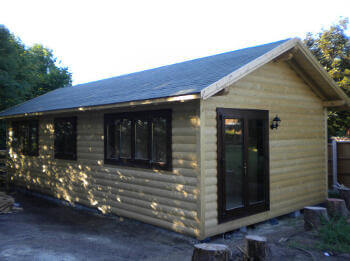 wooden-garden-offices-kent28-500x375