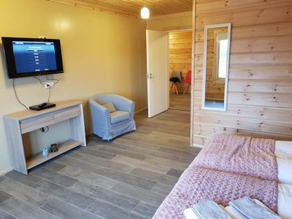 Artichouse-holiday-home-log-cabin (28) - Copy