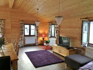 WOODEN-MOBILE-HOME-4