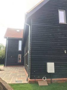 beautiful-bespoke-designed-timber-frame-home-built-by-timberlogbuild-ltd (12)