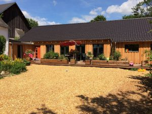 bespoke-designed-log-cabin (4)