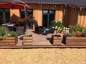 bespoke-designed-log-cabin (5)