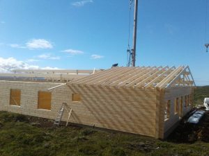 construction-of-an-artichouse-log-cabin-by-timberlogbuild-ltd (11)