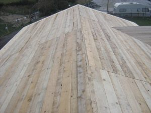 construction-of-log-cabin-with-95mm-laminated-logs (31)