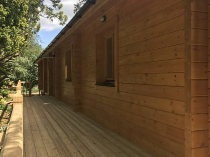granny-annexe-log-cabin-built-by-Timberlogbuild-ltd (1)