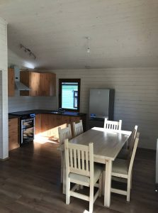 interior-of-a-mobile-log-cabin-with-cavity-wall (1)