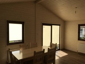 interior-of-a-mobile-log-cabin-with-cavity-wall (2)