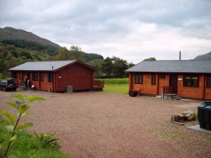 mobile-log-cabin-with-200mm-laminated-log (2)