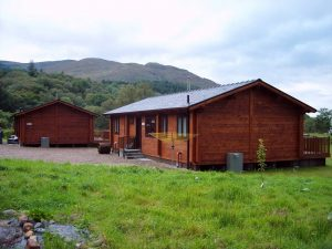 mobile-log-cabin-with-200mm-laminated-log