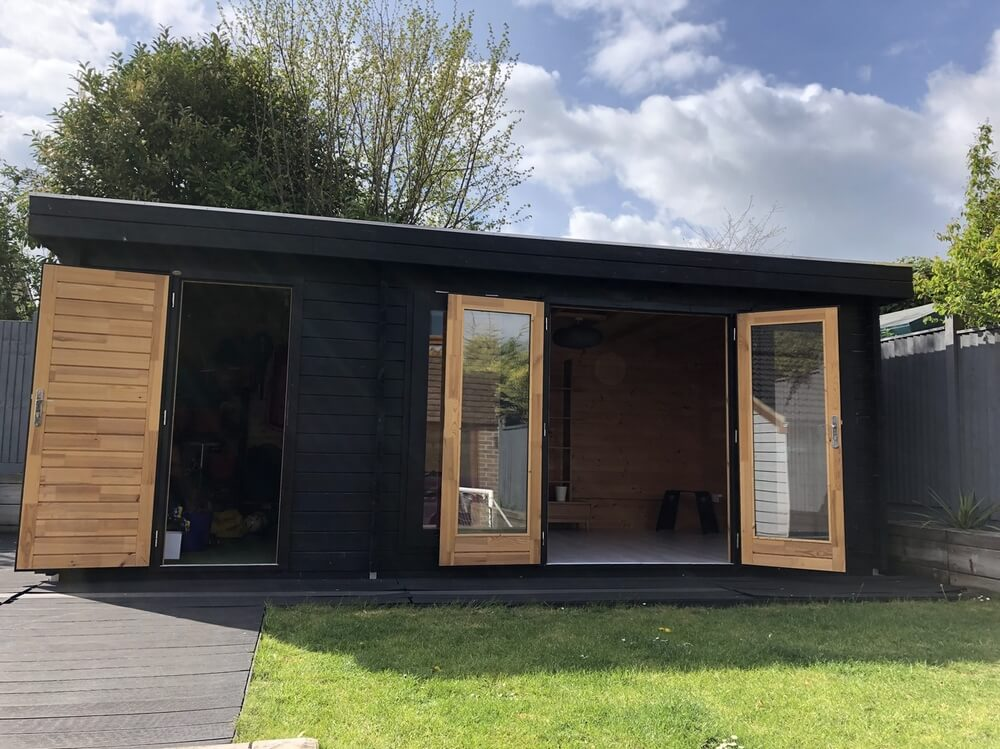 Used log cabins for sale | Timberlogbuild